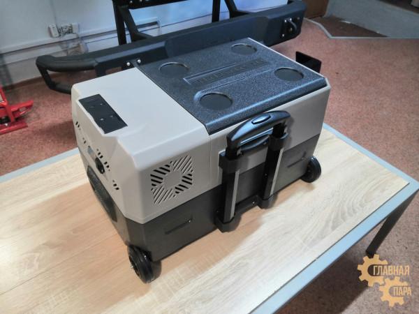 Kомпрессорный автохолодильник ALPICOOL CX-30 л, 12/24/220В (мобильная версия с колесами и телескопической ручкой)
