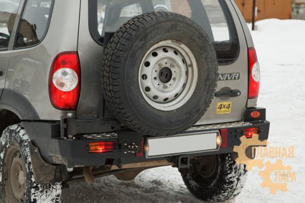 Задний силовой бампер OJ 03.117.01 для Niva Chevrolet с квадратом под фаркоп