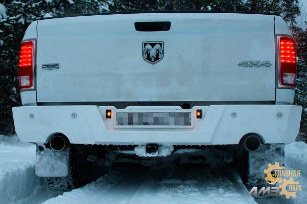 Задний силовой бампер АМЗ на Dodge Ram IV