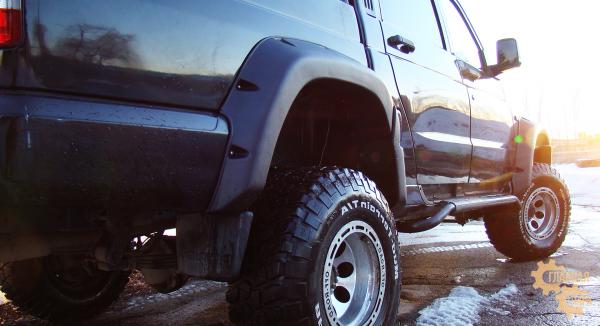 Расширители колёсных арок lapter на УАЗ Патриот пикап (дорестайлинг)
