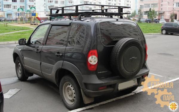 Багажник экспедиционный Б01.03 на Шевроле Нива (1600х1200х120мм) с сеткой и креплениями на крышу