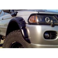 Расширители колесных арок Mitsubishi Pajero Sport 1997-2008