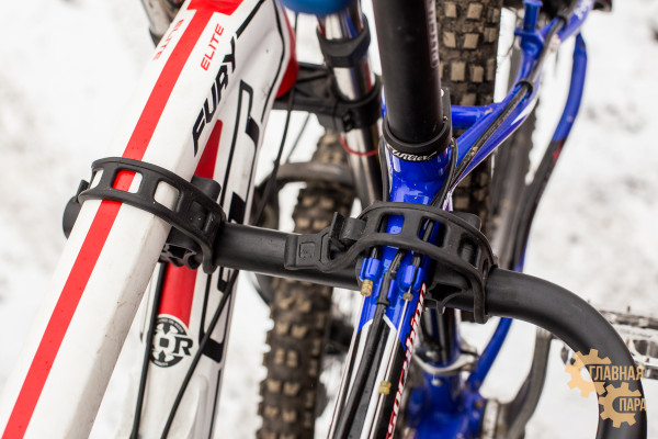 Велобагажник РИФ S803C в квадрат для фаркопа на 4 велосипеда