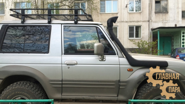 Багажник экспедиционный Б96.03 на Mitsubishi Pajero 1 (3 дв.) 1500х1250х120мм с сеткой
